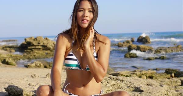 girl in legged bikini cross Photo