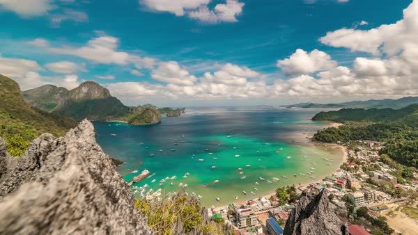 El Nido Lagoon And Boats On The Azure Sea In D1343 42 002