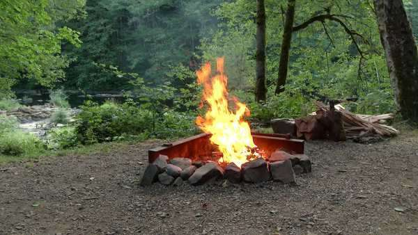 Camping Fire Pit >> Clip D95 7 167 From Dissolve