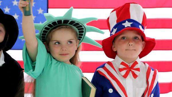 Children dressed up like patriotic characters Royalty-free stock video