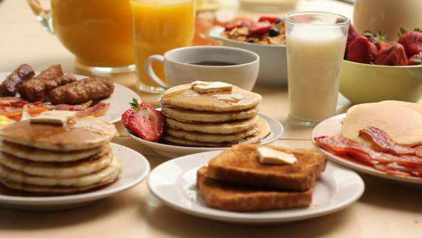 Variety of breakfast foods Royalty-free stock video