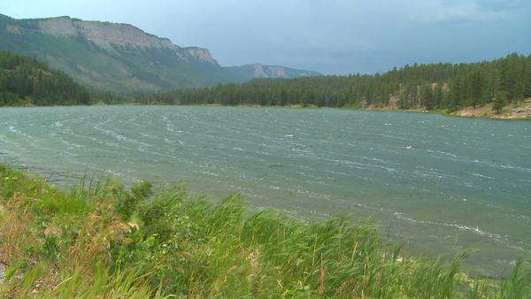 Wind at a mountain lake in the Rocky Mountains. Royalty-free stock video