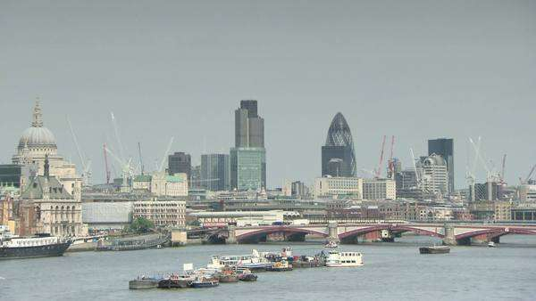 River Thames, Blackfriars bridge and city of London skyline Royalty-free stock video