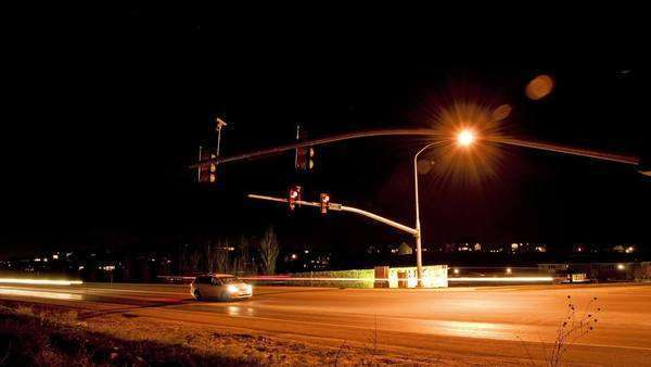 Timelapse shot of the intersection at Cedar Pass Drive, Utah at night Royalty-free stock video