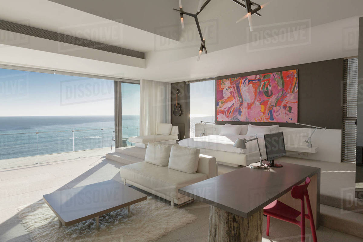 Modern Luxury Home Showcase Bedroom With Sunny Ocean View D1007 15 146