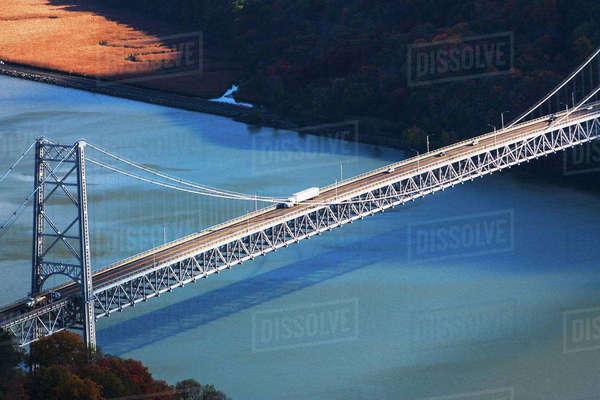 USA, New York, Bear Mountain with bridge above blue river Royalty-free stock photo