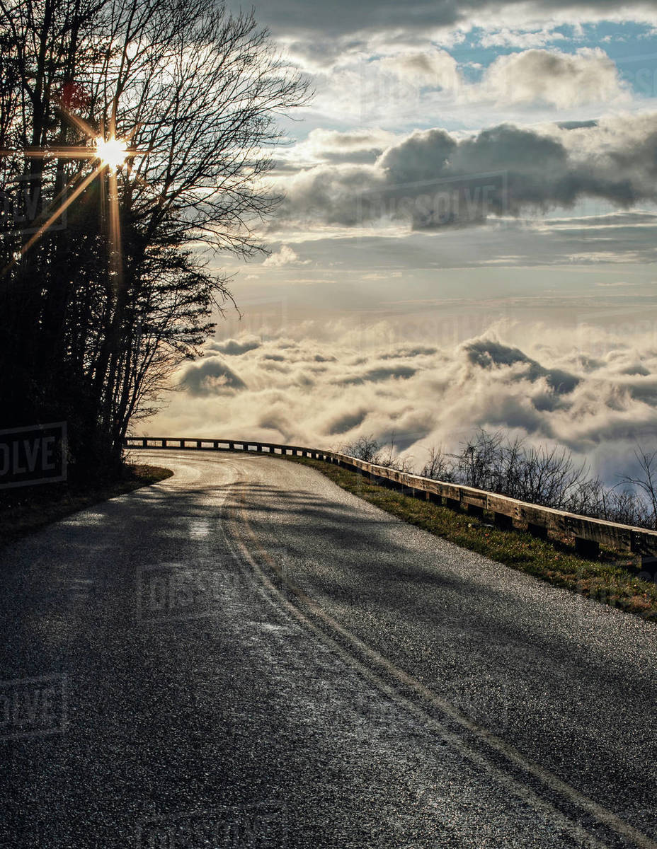 Sun rises above clouds on the Blue Ridge Parkway, Virginia Royalty-free stock photo