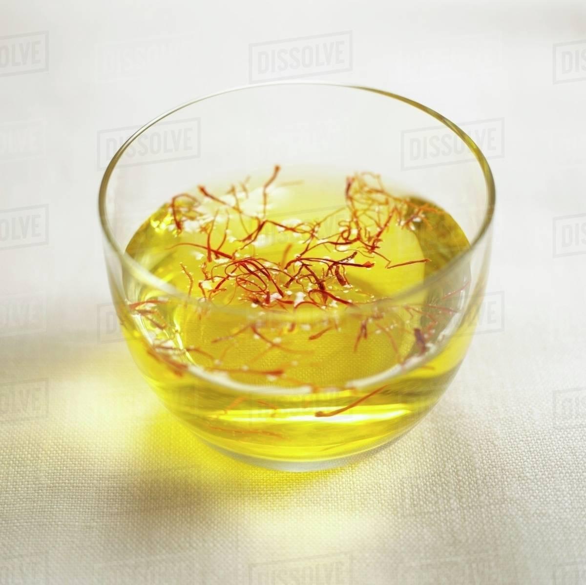 Kết quả hình ảnh cho saffron with water