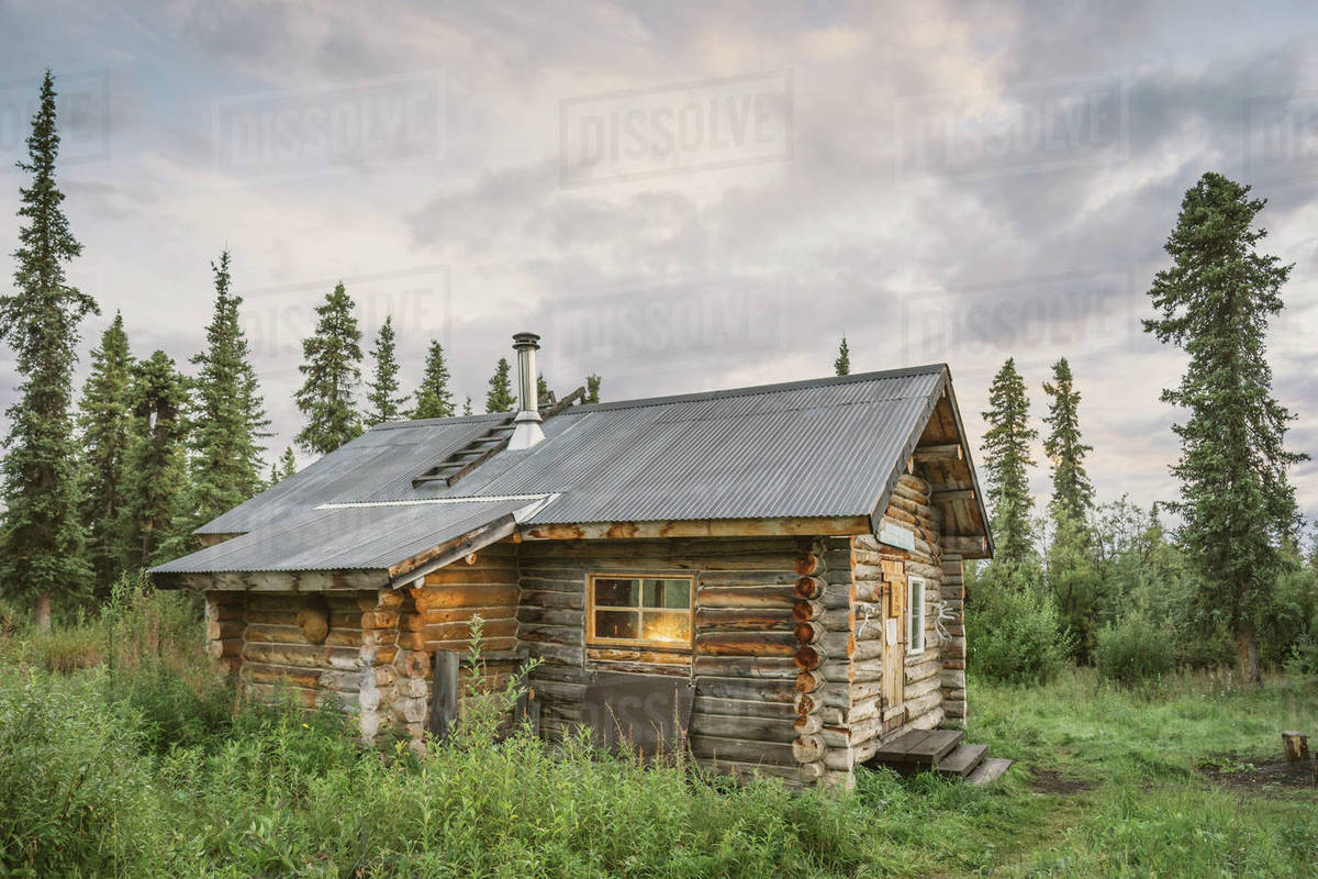 Charming Viking Lodge, A Public Use Cabin, Located In The Boreal Forest Of  Wrangell St. Elias National Park And Preserve Alaska