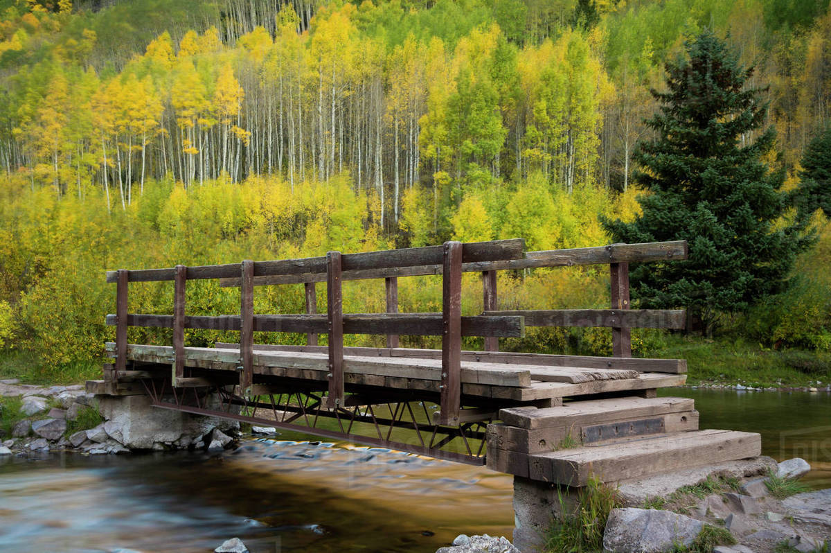 Wooden Bridge Over Maroon Creek Aspen Colorado Usa D1129 19 376