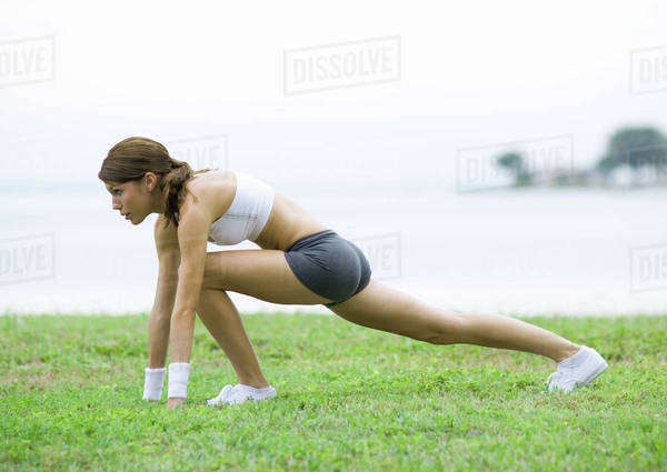 Young woman working out, outdoors Royalty-free stock photo