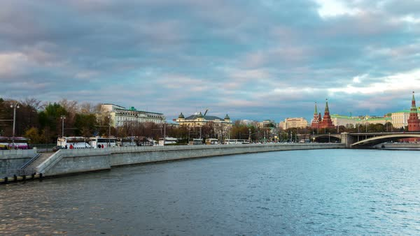 Hyperlapse of a boat ride in the evening in Moscow, Russia Royalty-free stock video