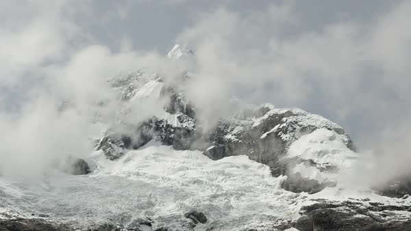 Static shot of snow covered Huascaran mountain in Peru Royalty-free stock video
