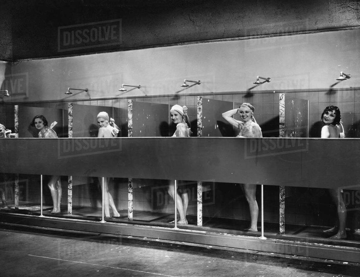 Women showers frozen picture 43