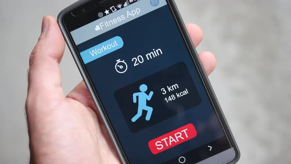 Smartphone with a fitness app ready to start the workout. Royalty-free stock video