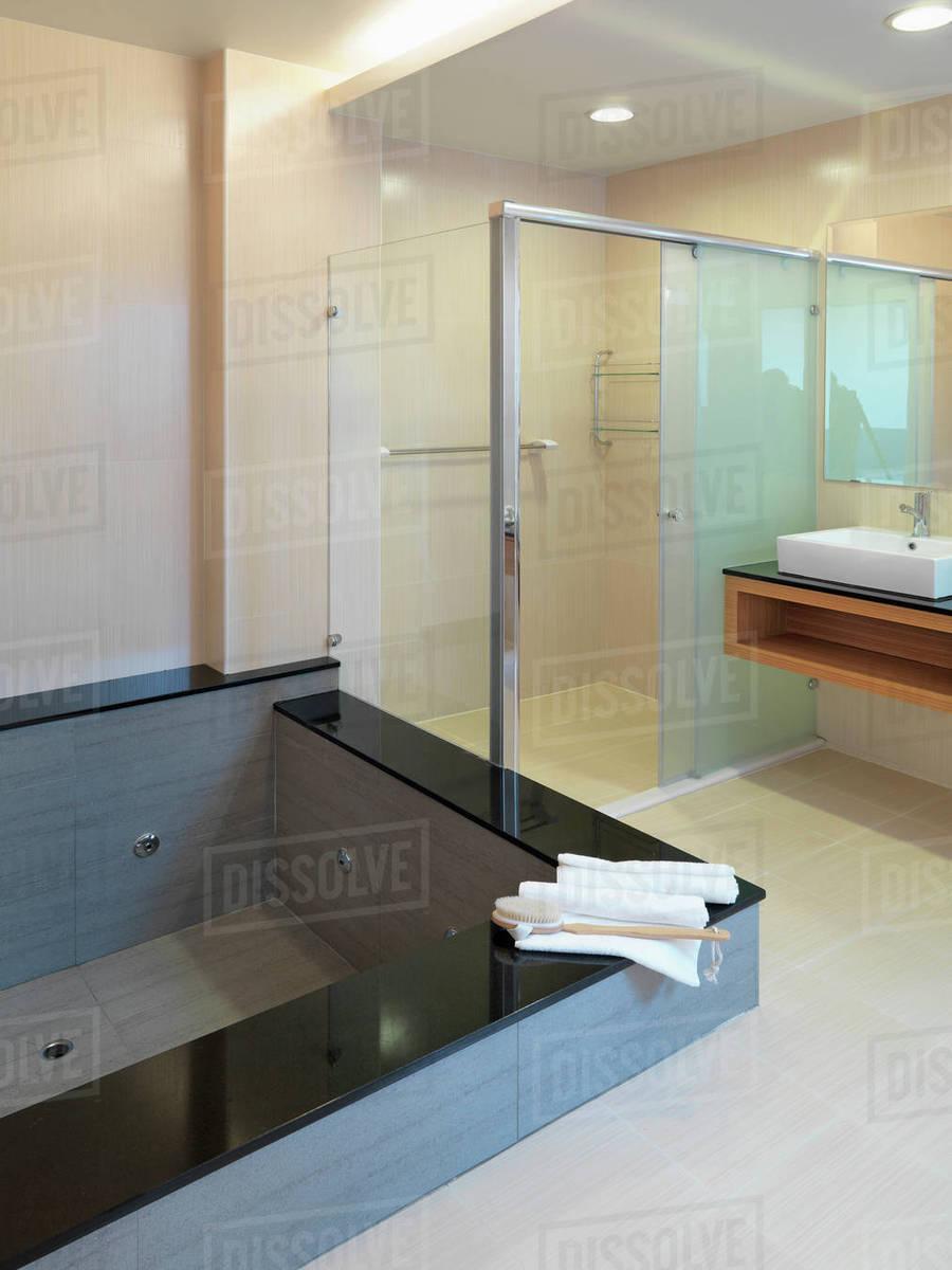 Hot Tub In Modern Bathroom Stock Photo