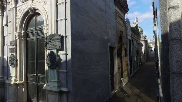 Cementario Recoleta pan right through tombs Royalty-free stock video