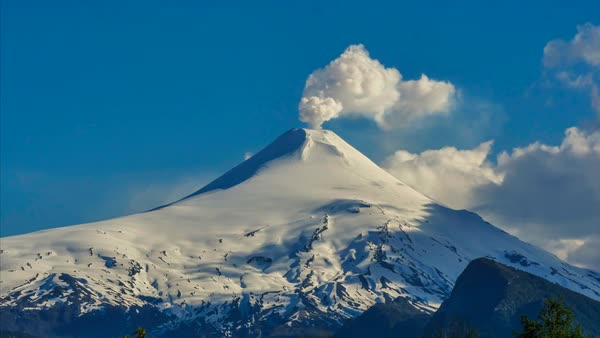 Villarica Volcano steaming time lapse Royalty-free stock video