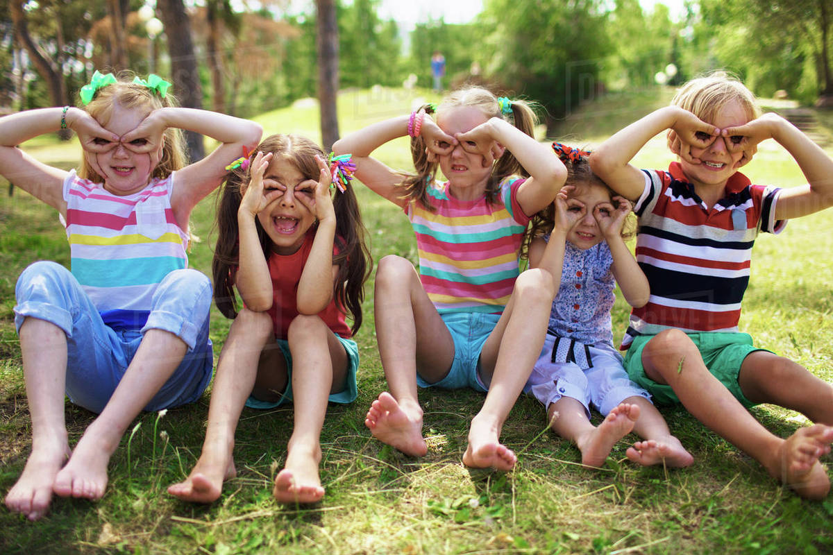 Prime Portrait Of Four Smiling Little Girls With Ponytails And One Natural Hairstyles Runnerswayorg