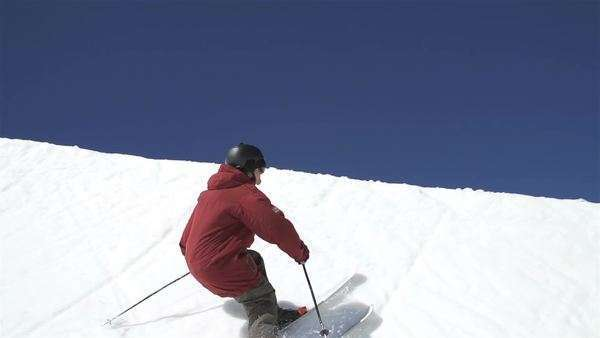 Slow motion extreme skier in half pipe Royalty-free stock video