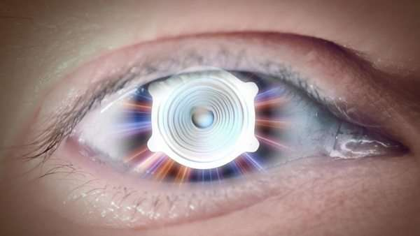 Close up to eyeball with mix of musical devices, loop Royalty-free stock video