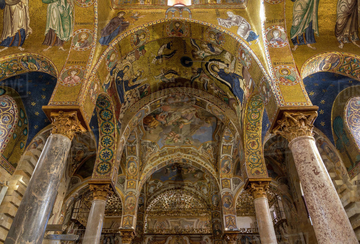 Interior of the Santa Maria dell'Ammiraglio church (La Martorana), UNESCO World Heritage Site, Palermo, Sicily, Italy, Europe Royalty-free stock photo