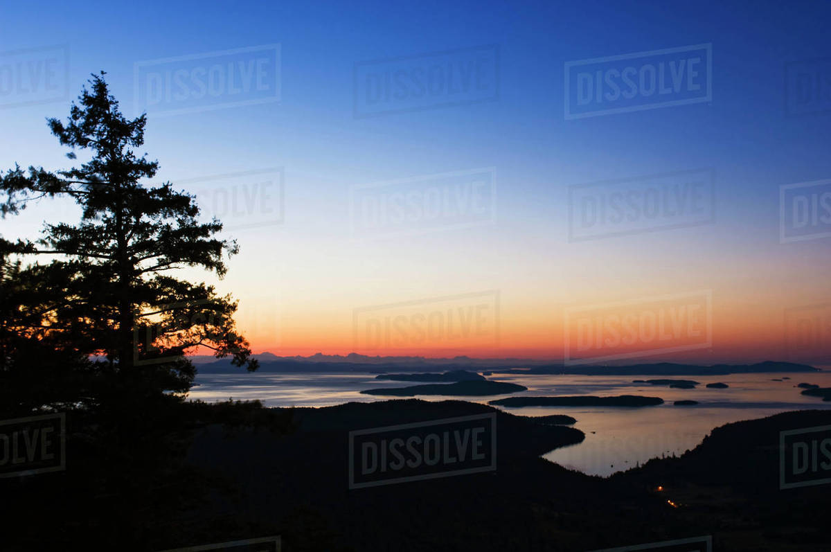 Canada Bc Salt Spring Island Canadian Gulf Islands At Dawn D256 28 022