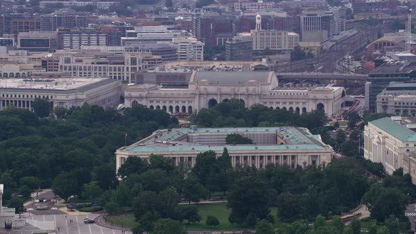 Zoom out from Union Station to reveal Capitol.   Royalty-free stock video