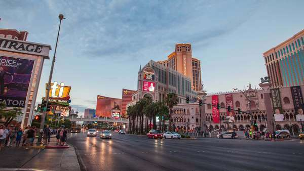 LAS VEGAS, NEVADA - JULY 10, 2014. Timelapse of busy intersection on Las Vegas Strip Royalty-free stock video