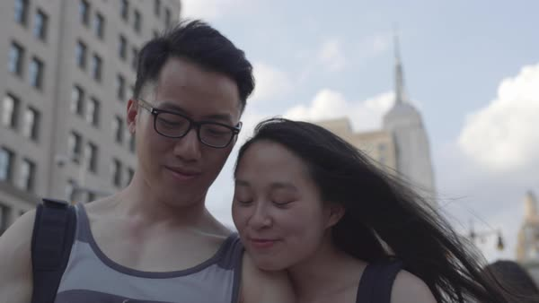 Gimbal shot of a young couple taking a selfie in New York City Royalty-free stock video