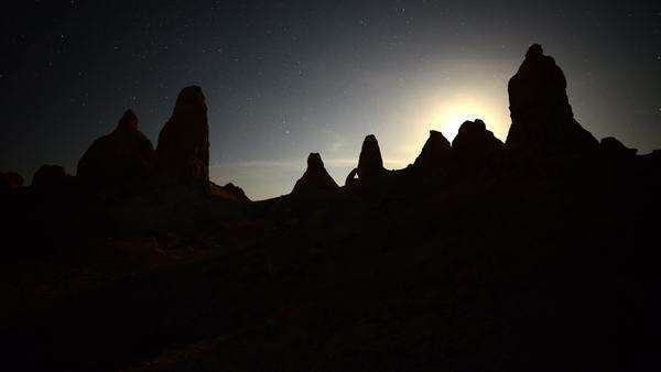 Timelapse of Moon Rise at Tronas Pinnacles California Desert Royalty-free stock video