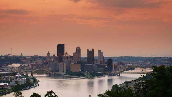 A dramatic timelapse sunrise over Pittsburgh, Pennsylvania Royalty-free stock video