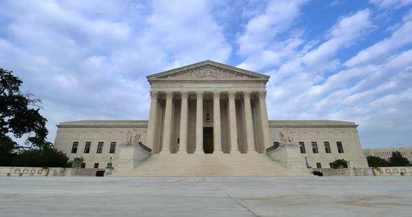 A timelapse view of the grand entrance of the Supreme Court. Royalty-free stock video