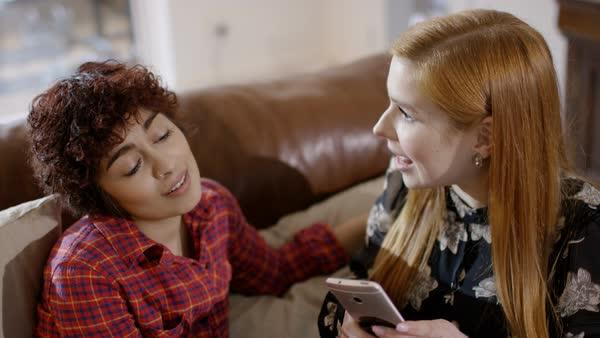 Free mobile lesb video